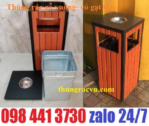 /></h4> <h4>3.Thùng rác gỗ gạt tàn vuông<br />Kích thước: (L)400mm x (W)400mm x (H)950mm<br />Vật liệu: Thép và Gỗ<br />Sử dụng:Ngoài trời, sảnh tiệc , có gạt tàn thuốc<br />Đóng gói: 1Chiếc/1Caton<br />Vị trí đặt thích hợp:Công viên,quảng trường,khuân viên cơ quan, trường học, đường phố...<br />Màu sắc:Khung thép sơn đen tĩnh điện kết hợp với gỗ công nghiệp màu tự nhiên.<br /><a rel=