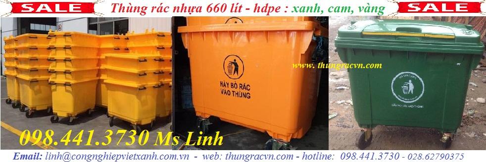 /></h4> <h4></h4> <h4>Xe gom rác 660 lít nhựa HDPE nguyên sinh</h4> <h4>– Nguyên liệu: nhựa HDPE</h4> <h4>– Nắp kín, 4 bánh xe</h4> <h4>– Kích thước: 1280 x 810 x 1260mm</h4> <h4>– Dung tích: 660 lít</h4> <h4>– Màu sắc: xanh lá, xám đen, vàng, cam</h4> <h4>– Hàng Việt Nam mới 100%</h4> <h4><img src=